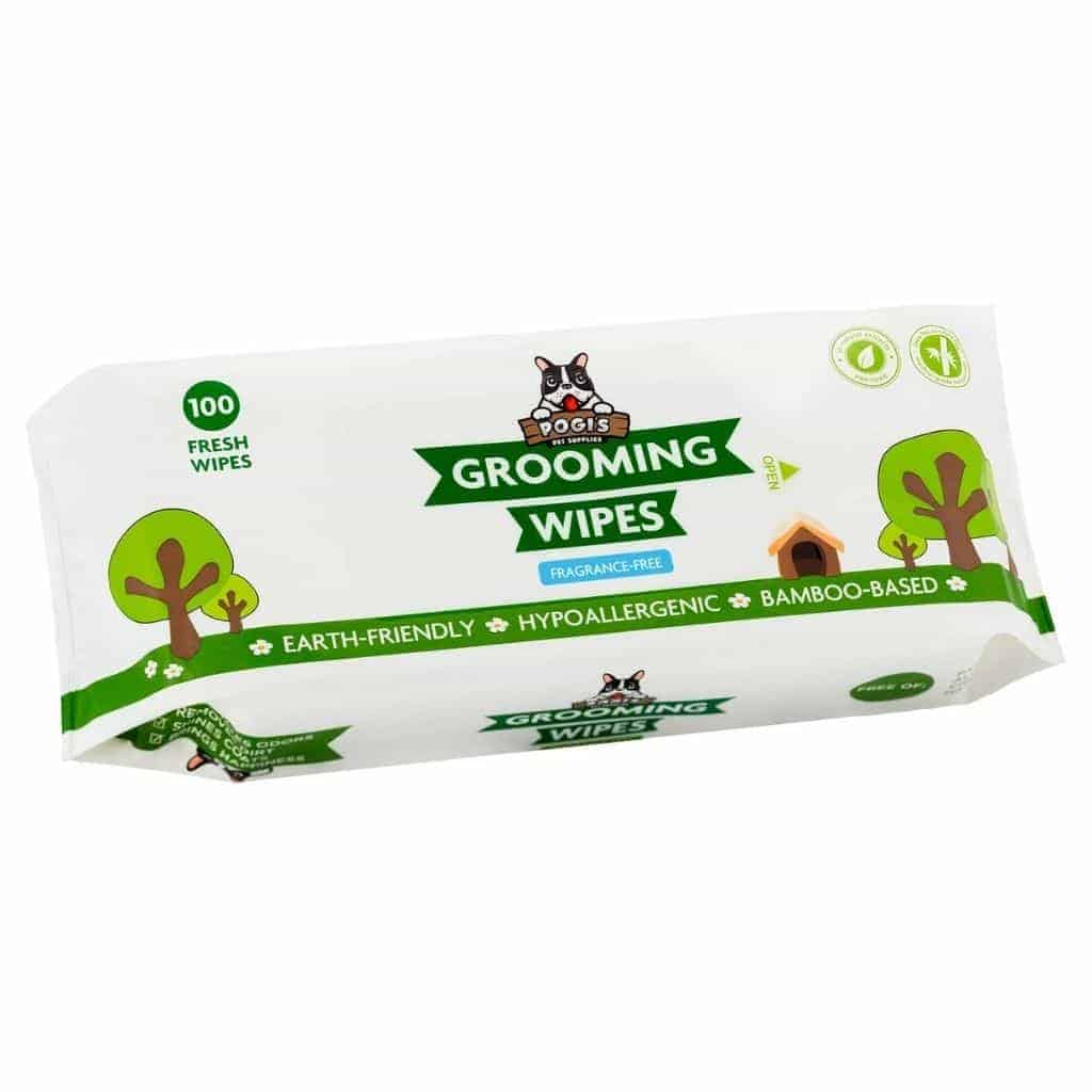 Pack of Pogi's grooming wipes.